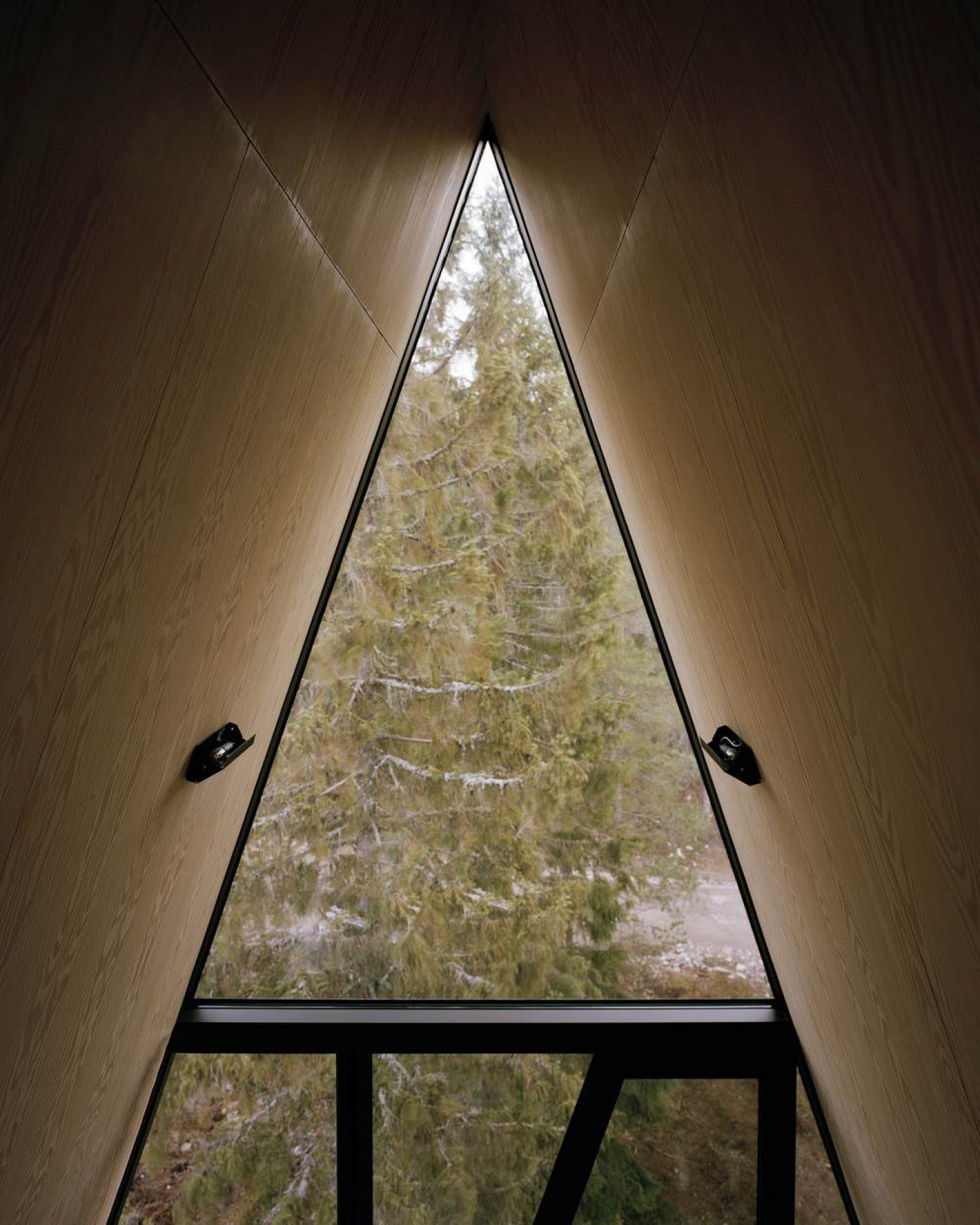 IGNANT-Travel-Pan-Treetop-Cabins-4