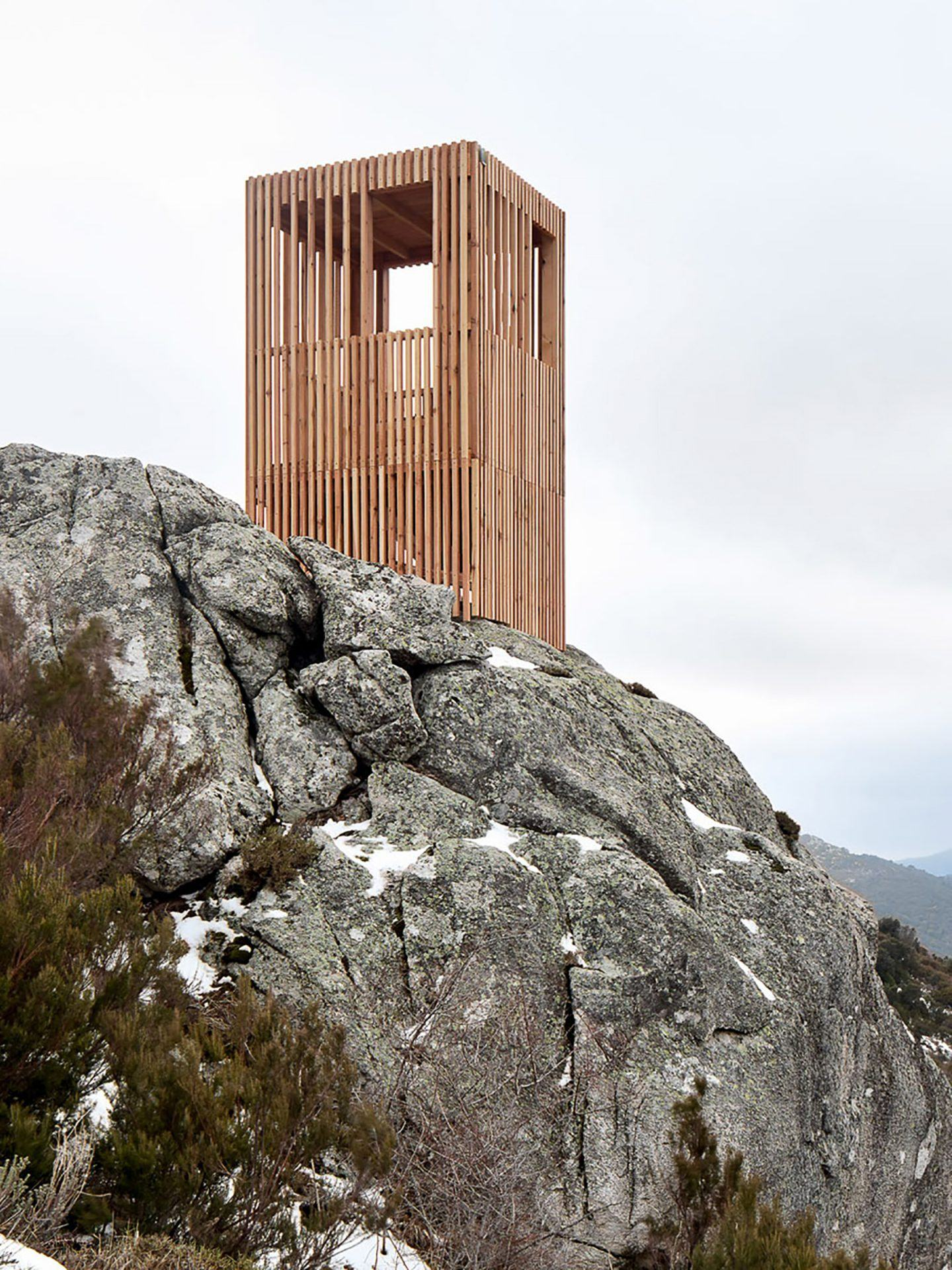 IGNANT-Architecture-Orma-Observatoire-Du-Cerf-Corse-3