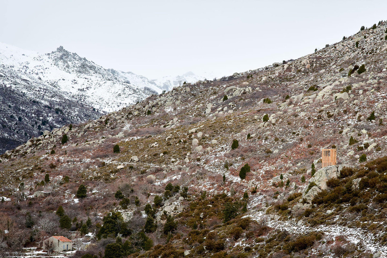 IGNANT-Architecture-Orma-Observatoire-Du-Cerf-Corse-4