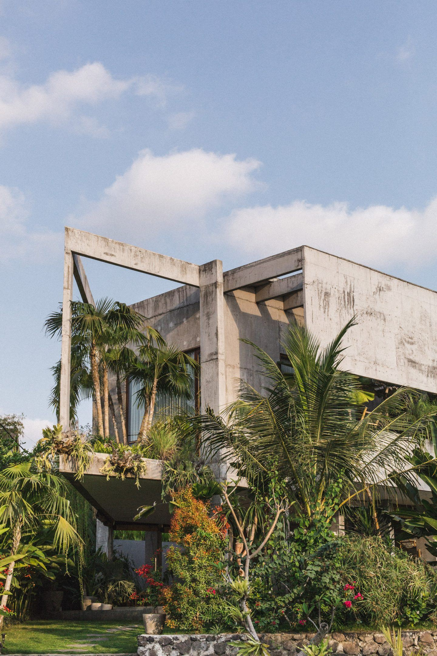 IGNANT-Architecture-Patisandhika-Daniel-Mitchell-Indonesia-Brutalist-Home-6