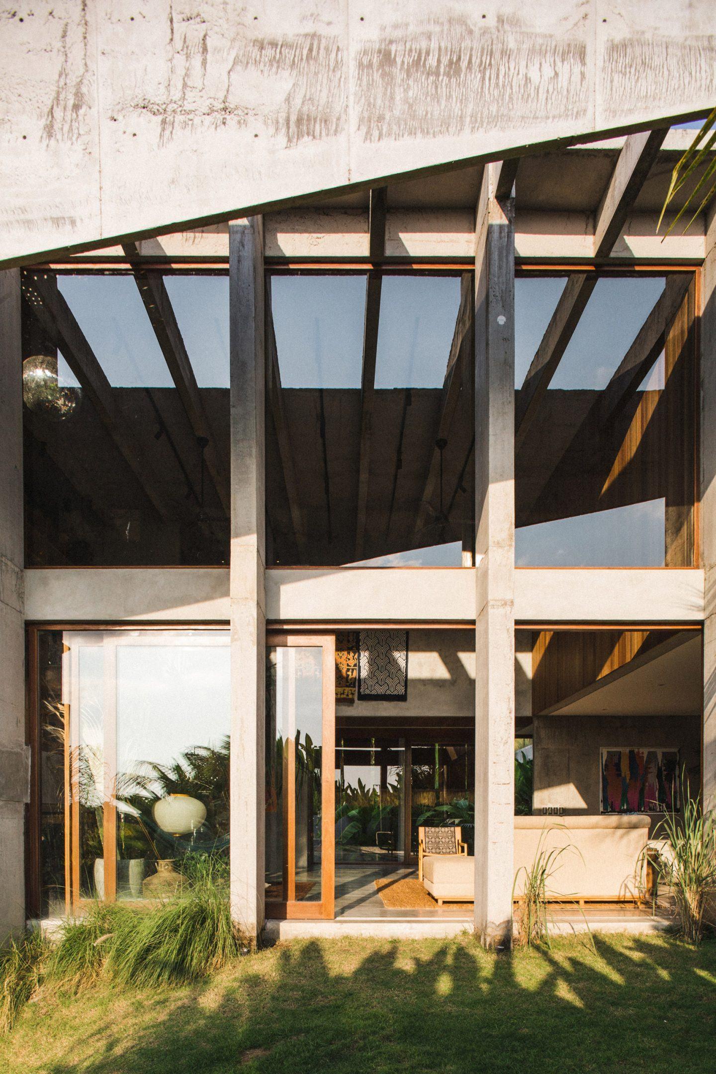 IGNANT-Architecture-Patisandhika-Daniel-Mitchell-Indonesia-Brutalist-Home-8