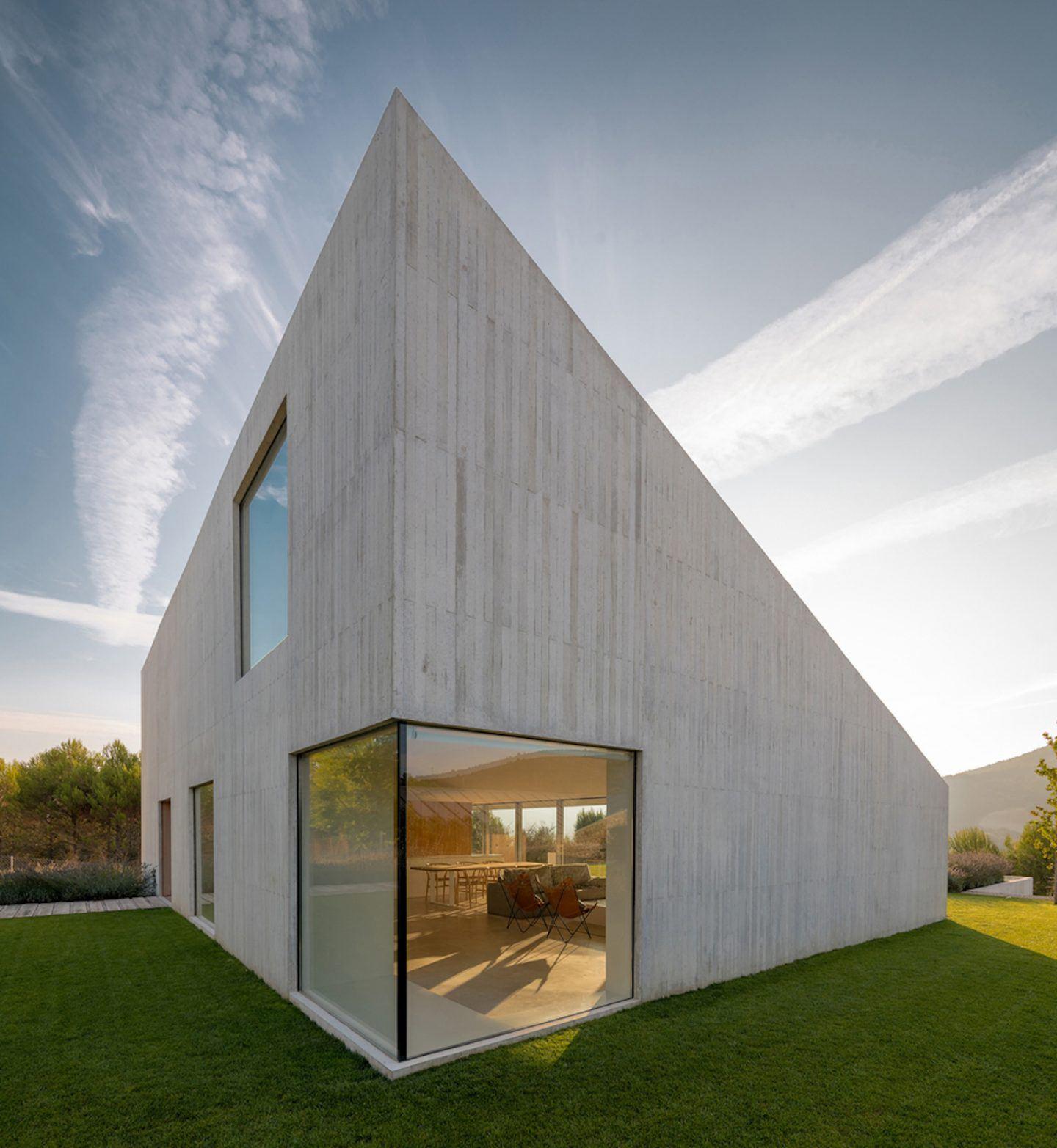 IGNANT-Architecture-Pereda-Pérez-Arquitectos-House-In-Pamplona-010