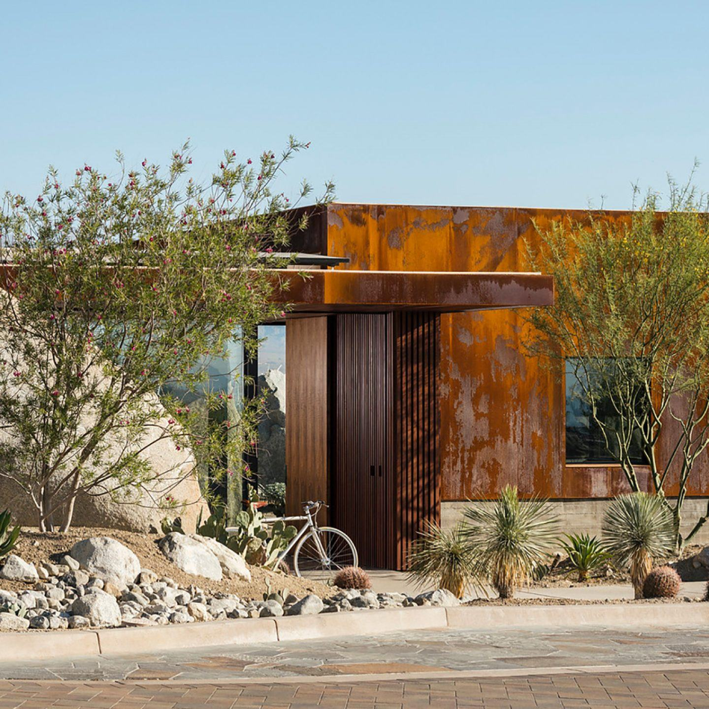 IGNANT-Architecture-Sean-Lockyer-Desert-Palisades-16