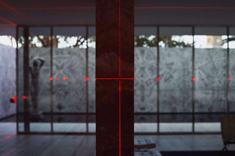 IGNANT-Art-Luftwerk-Iker-Gil-Geometry-Light-Barcelona-Pavilion-6