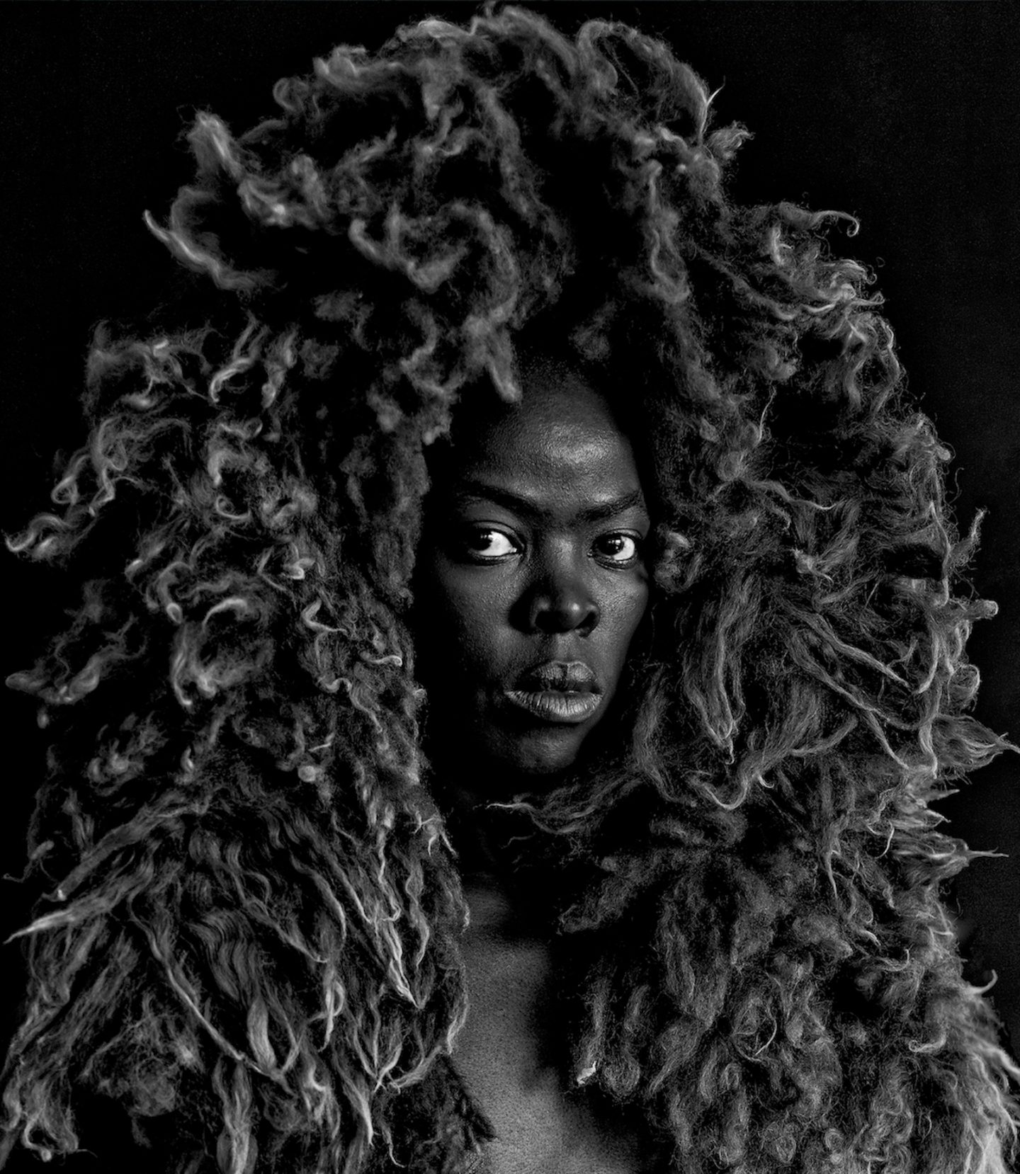 IGNANT-Photography- Zanele-Muholi-Hail-The-Dark-Lioness-004