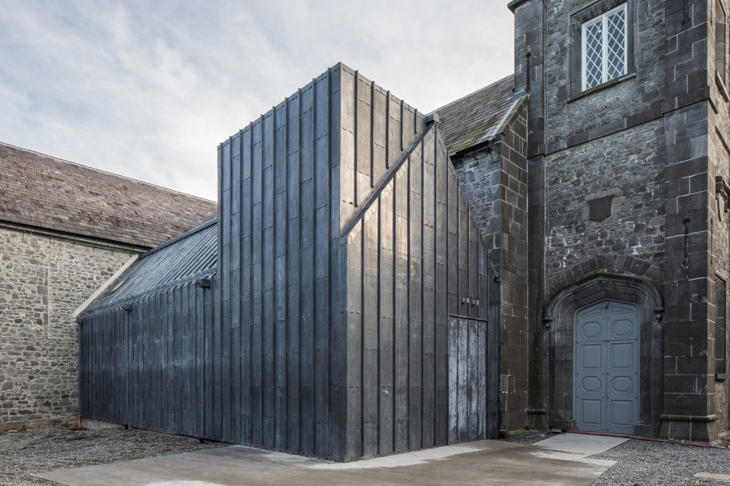IGNANT-Architecture-Mccullough-Mulvin-Achitects-St-Marys-Medieval-Mile-Musuem-004