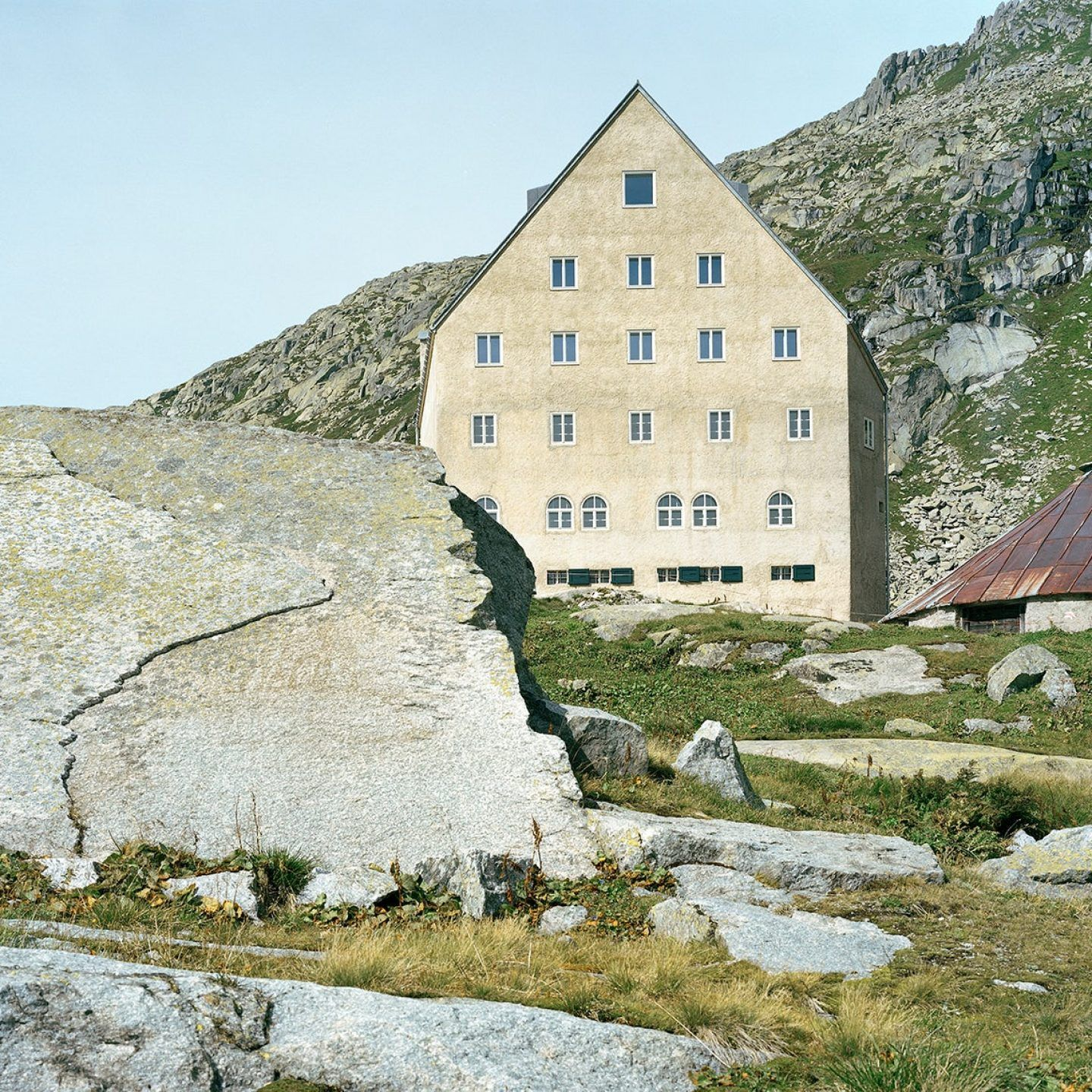 IGNANT-Architecture-Miller-Maranta-Old-Hospice-St-Gotthard-Pass-4
