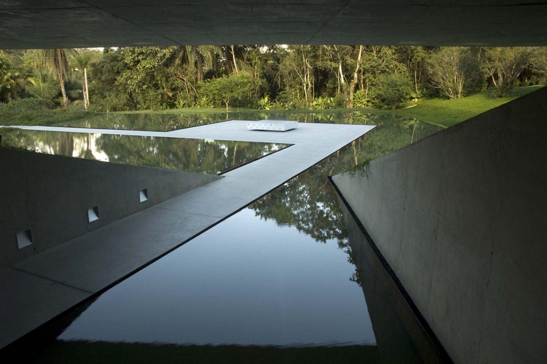 IGNANT-Architecture-Tacoa-Arquitetos-Adriana-Varejao-Gallery-9