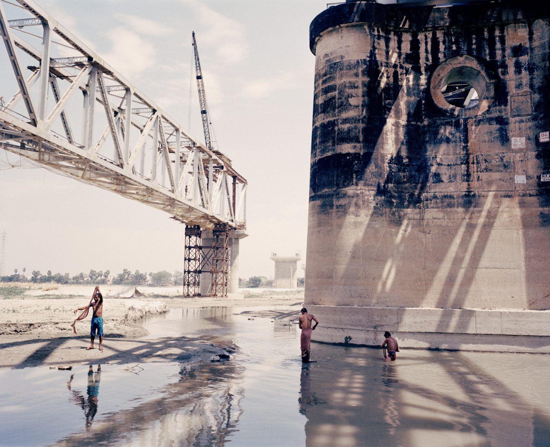 IGNANT-Photography-Mustafah-Abdulaziz-Water-002