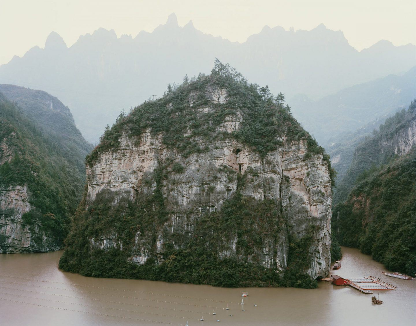 IGNANT-Photography-Nadav-Kander-Yangtze-The-Long-River-019