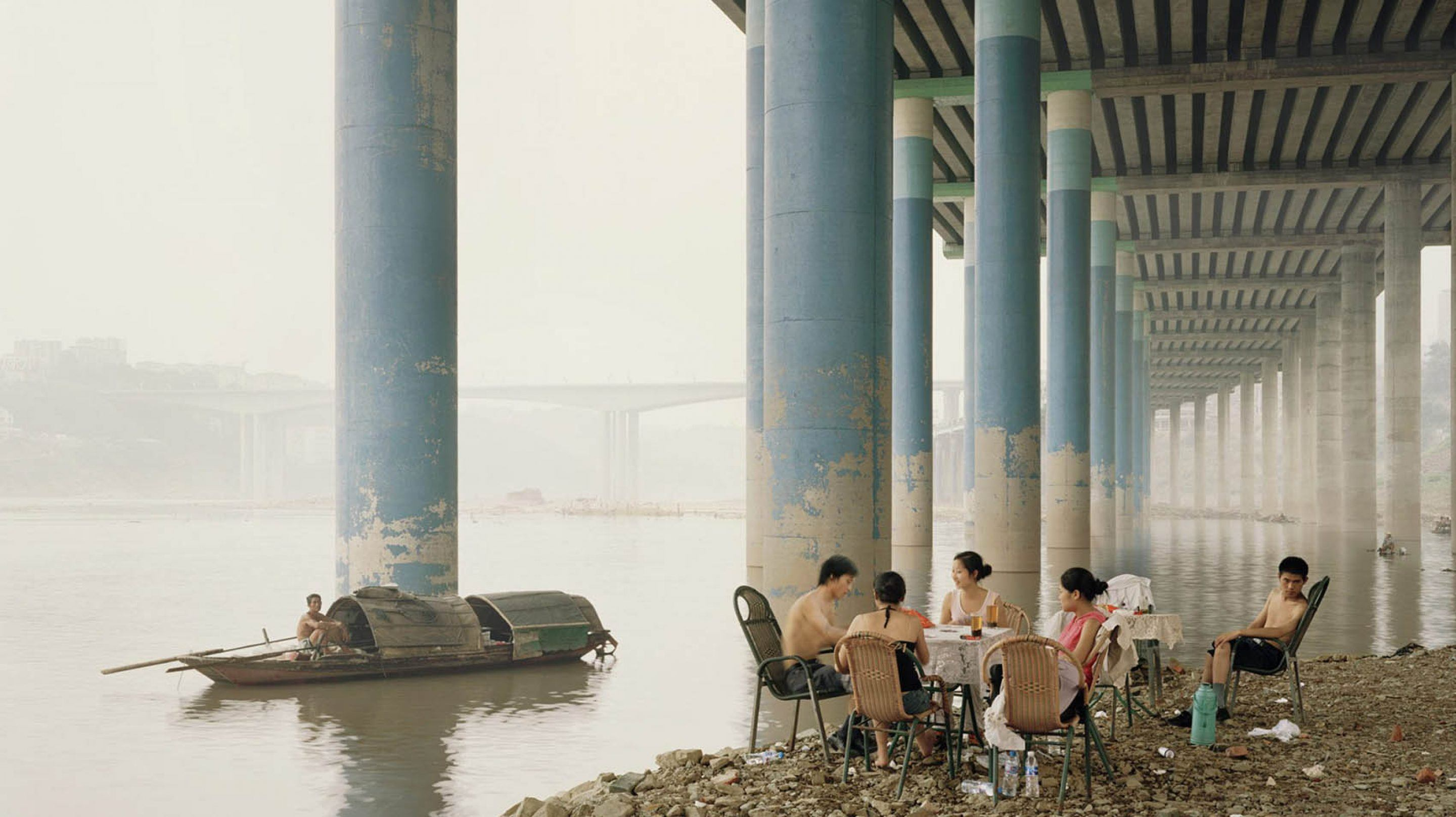 IGNANT-Photography-Nadav-Kander-Yangtze-The-Long-River-022