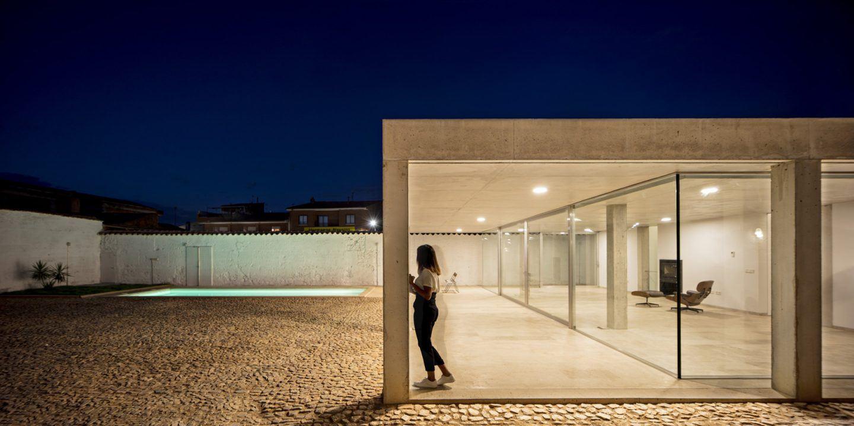 IGNANT-Architecture-Estudio-Jesus-Donaire-Casa-Entre-Tapiales-1