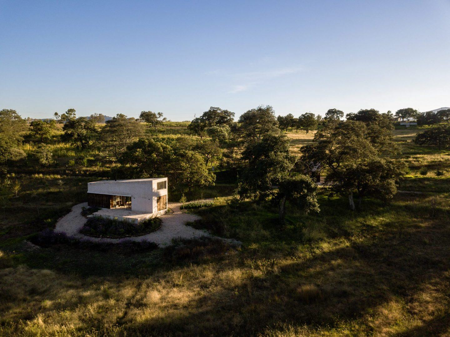 IGNANT-Architecture-PPAA-Arquitectos-Aculco-House-23