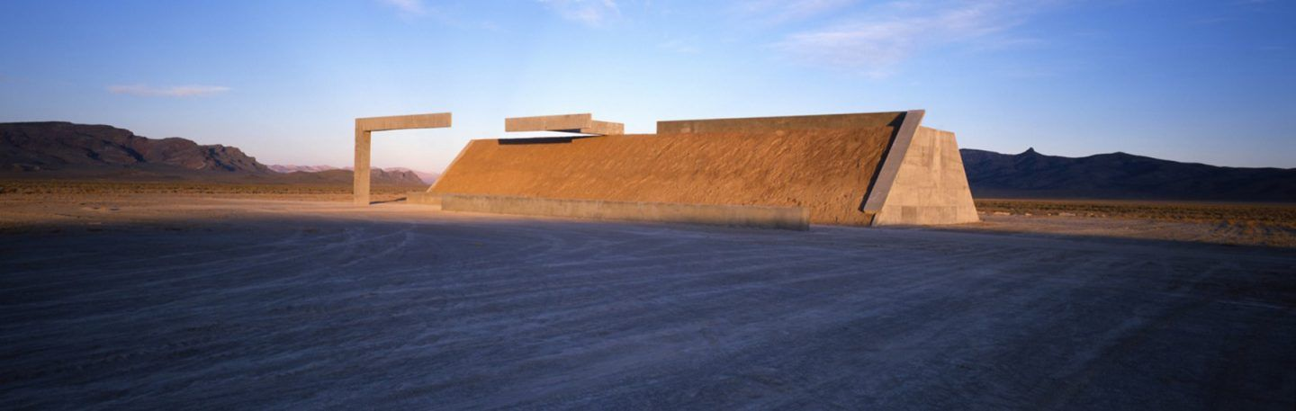 IGNANT-Art-Michael-Heizer-City-1