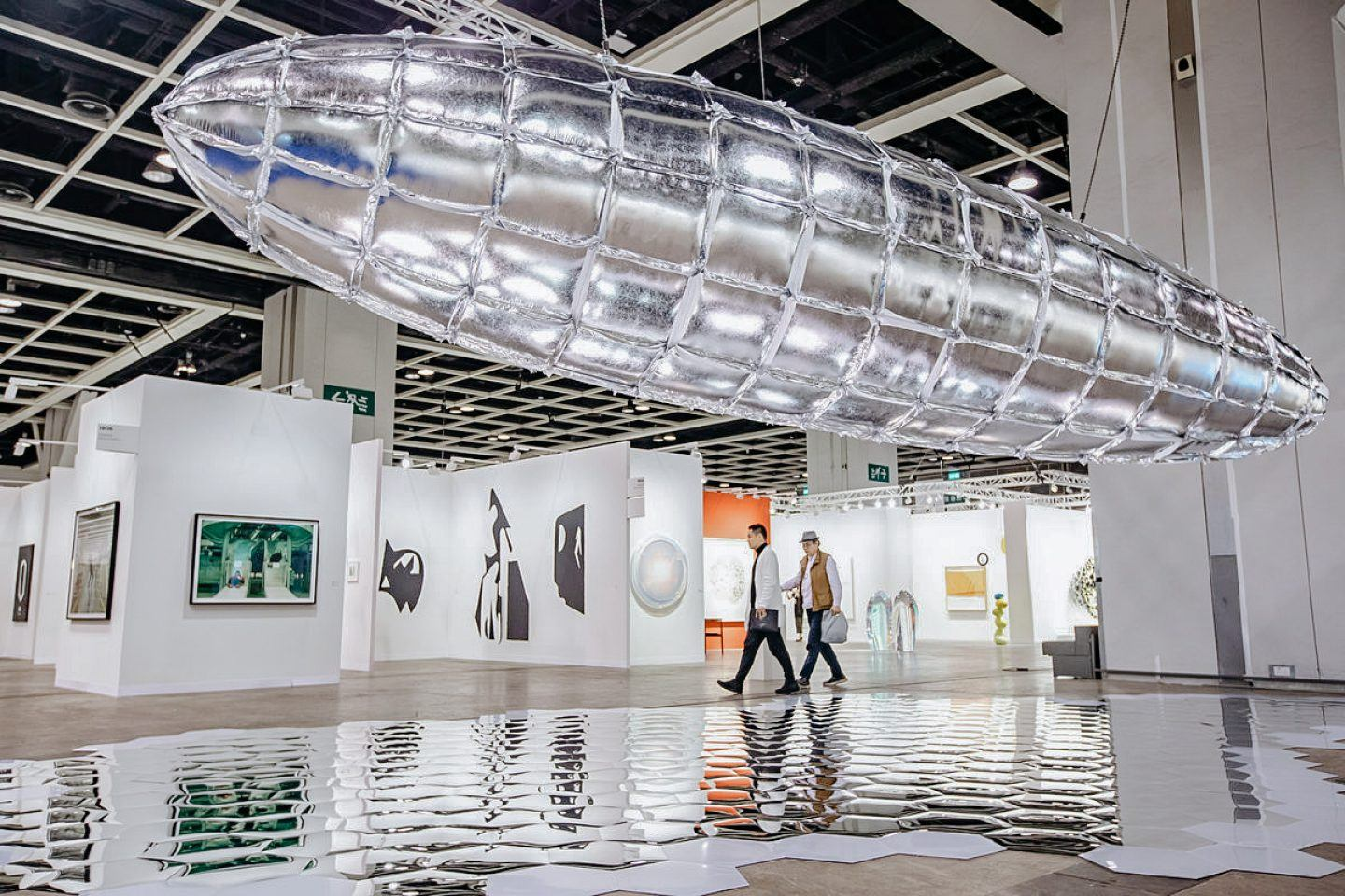the-seventh-edition-of-art-basel-hong-kong-wrapped-up-8