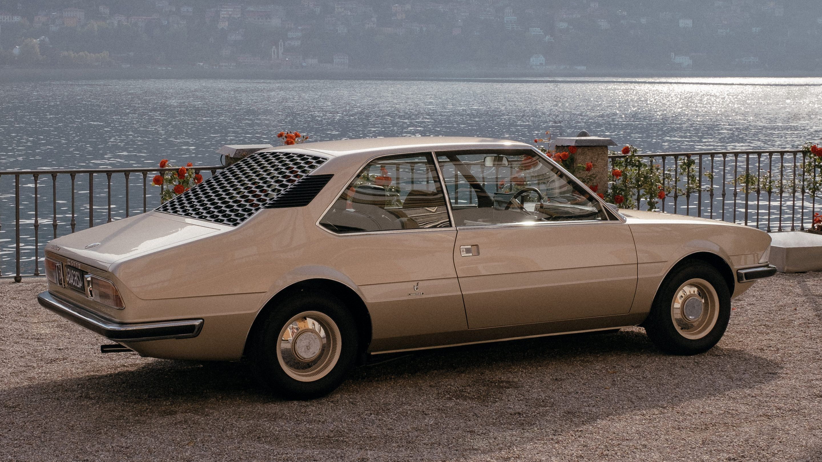 beside-lake-como-classic-concepts-meet-retro-futures-at-this-years-concorso-deleganza-3