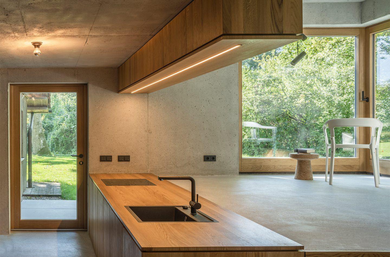 IGNANT-Design-ADesign-Fabian-Alexander-Wagner-Black-House-1