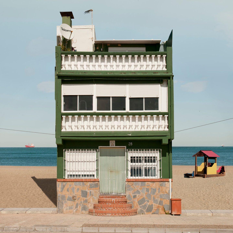 IGNANT-Photography-Katharina-Fitz-Malaga-Paracosmic-Houses-4