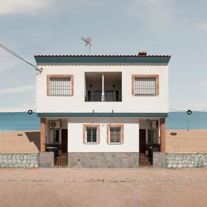 ignant-photography-katharina-fitz-malaga-paracosmic-houses-feature