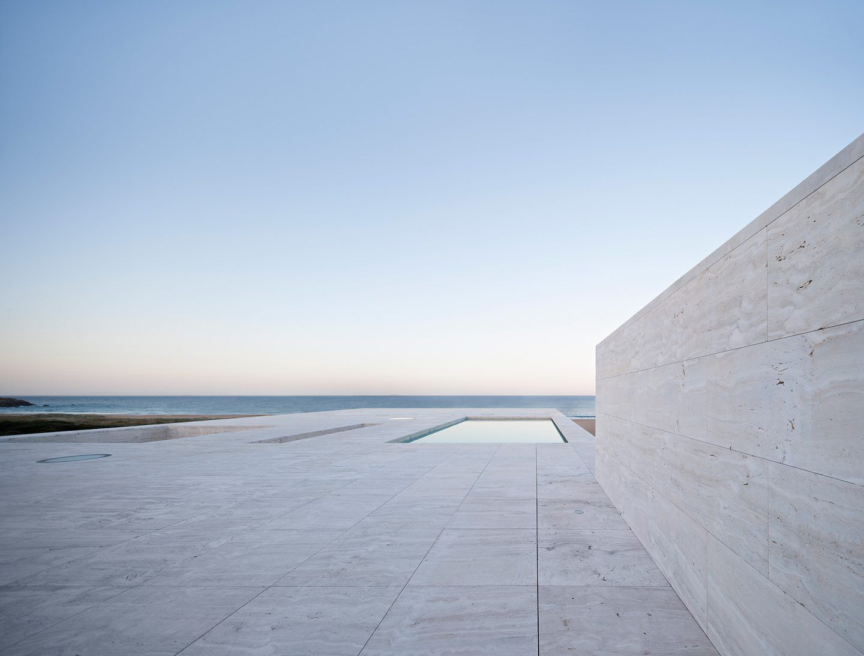 IGNANT-Architecture-Alberto-Campo-Baeza-Infinite-House-010