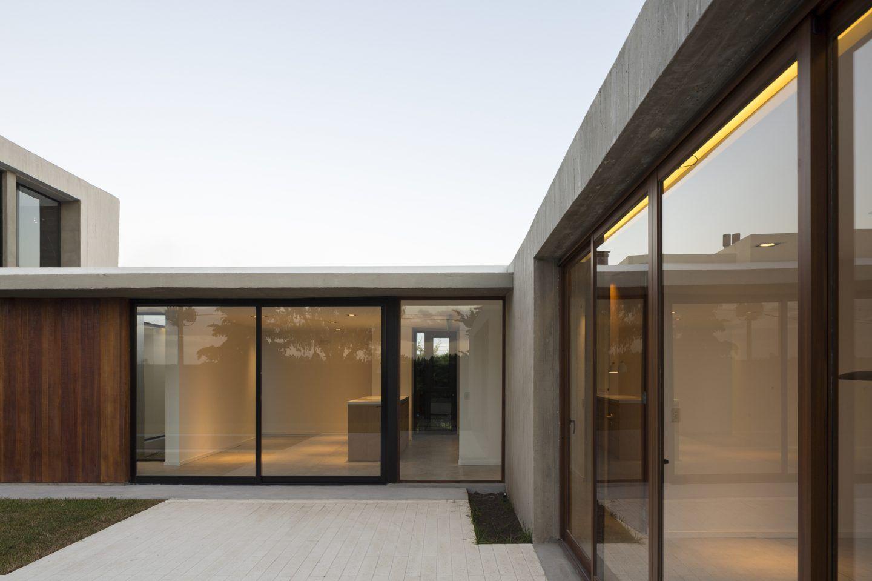 IGNANT-Architecture-Felipe-Gonzalez-REX-House-017