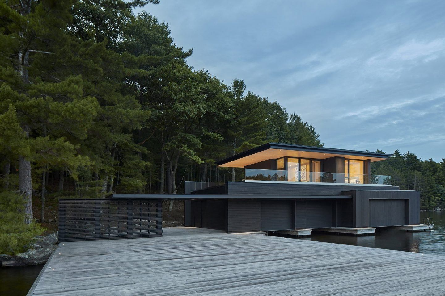 IGNANT-Architecture-Muskoka-Boathouse-12