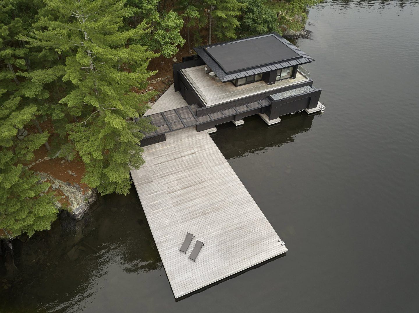 IGNANT-Architecture-Muskoka-Boathouse-2