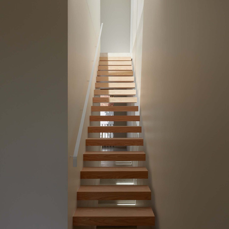 IGNANT-Architecture-Oliver-du-Puy-Architects-Skinny-House-11