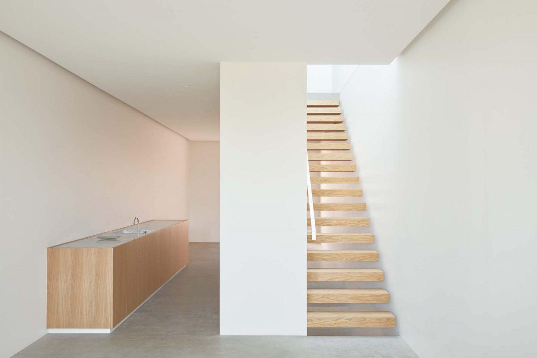 IGNANT-Architecture-Oliver-du-Puy-Architects-Skinny-House-15