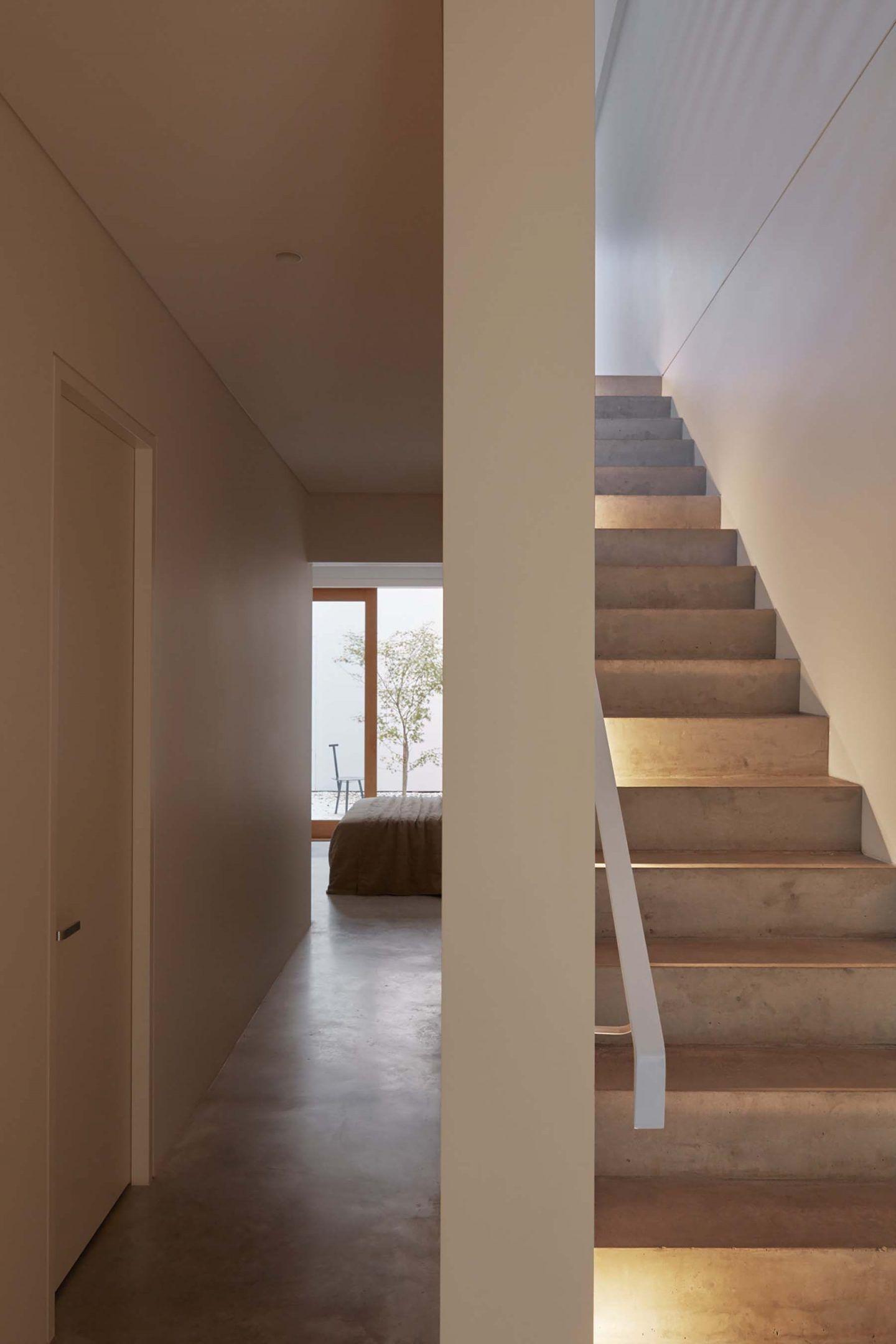 IGNANT-Architecture-Oliver-du-Puy-Architects-Skinny-House-16