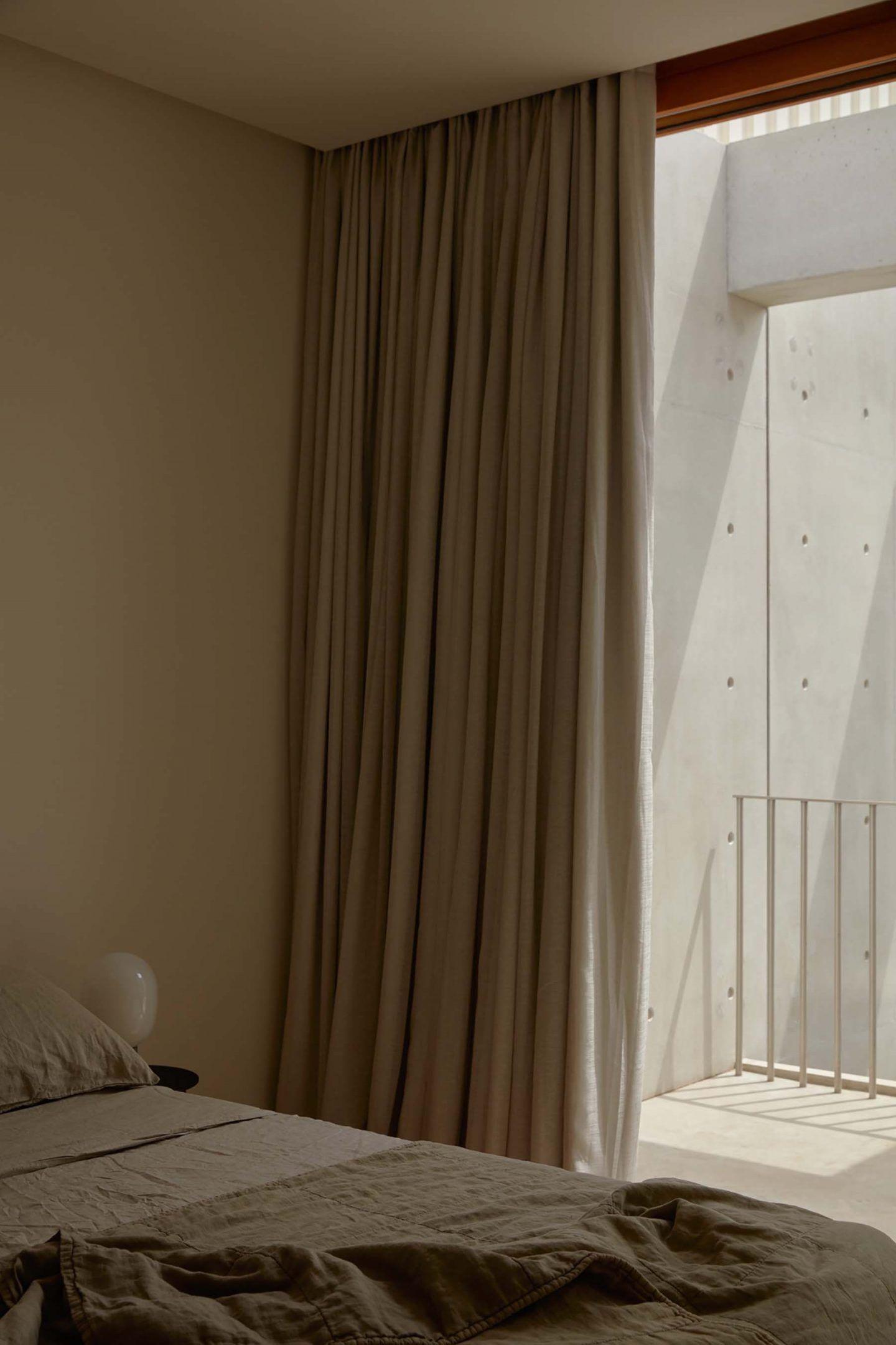 IGNANT-Architecture-Oliver-du-Puy-Architects-Skinny-House-6