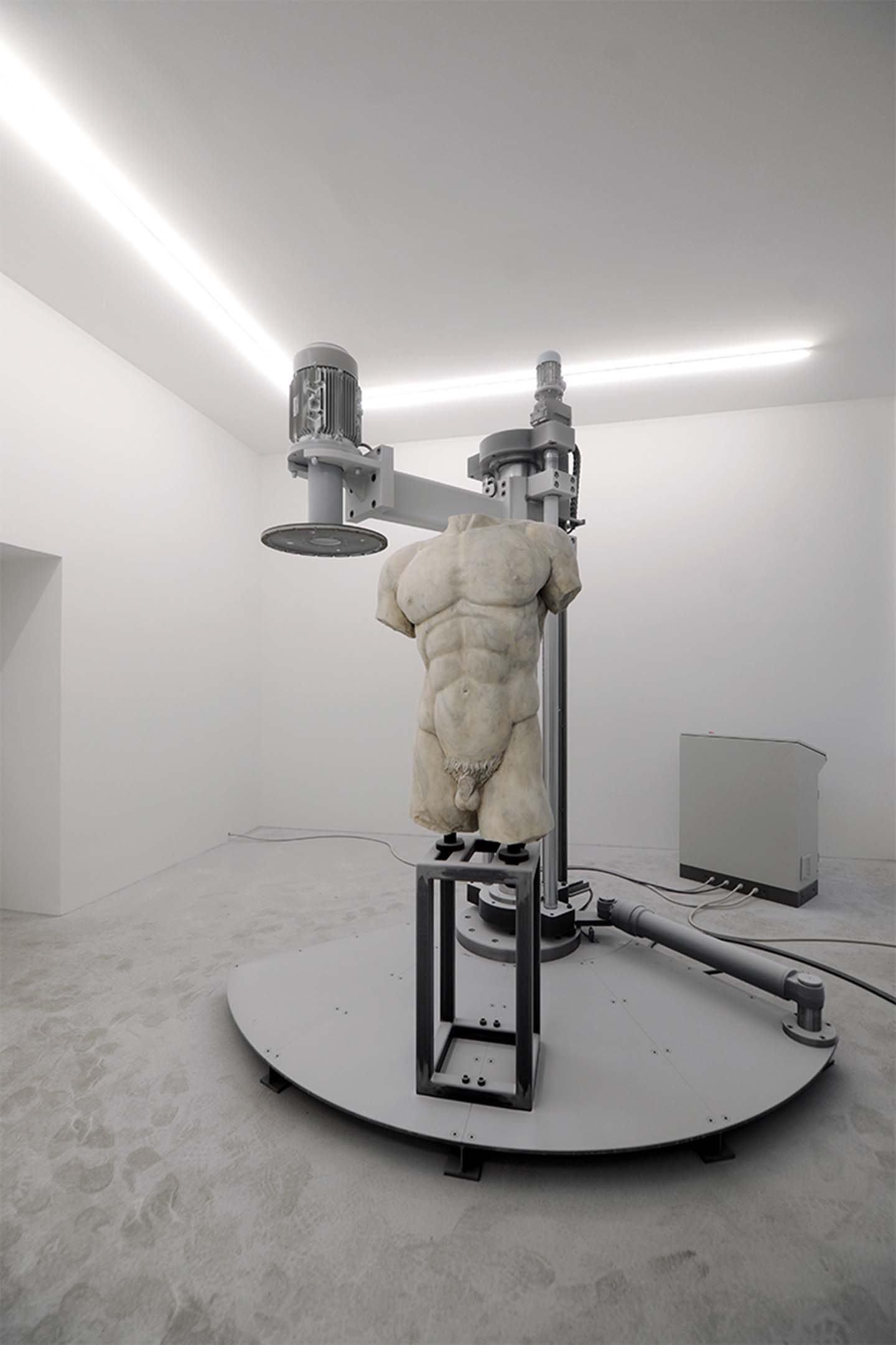 IGNANT-Art-Arcangelo-Sassolino-Damnatio-Memoriae-6