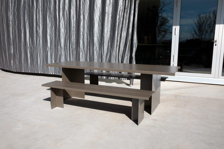 IGNANT-Design-Objekte-Unserer-Tage-Zebe-Table-1