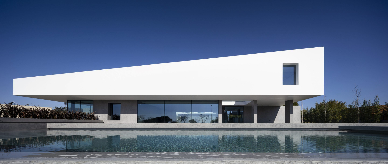 IGNANT-Architecture-Bica-Arquitectos-Belas-Clube-de-Campo-House-001