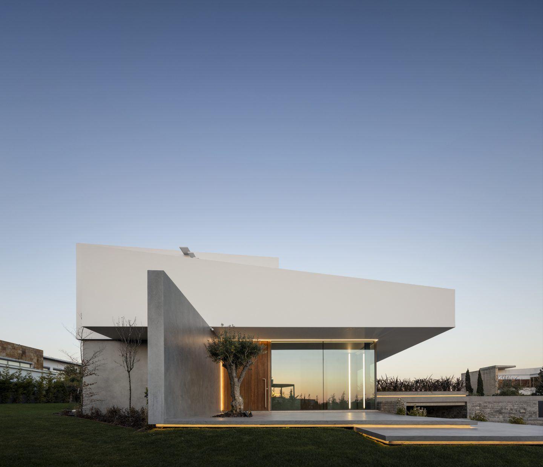 IGNANT-Architecture-Bica-Arquitectos-Belas-Clube-de-Campo-House-003