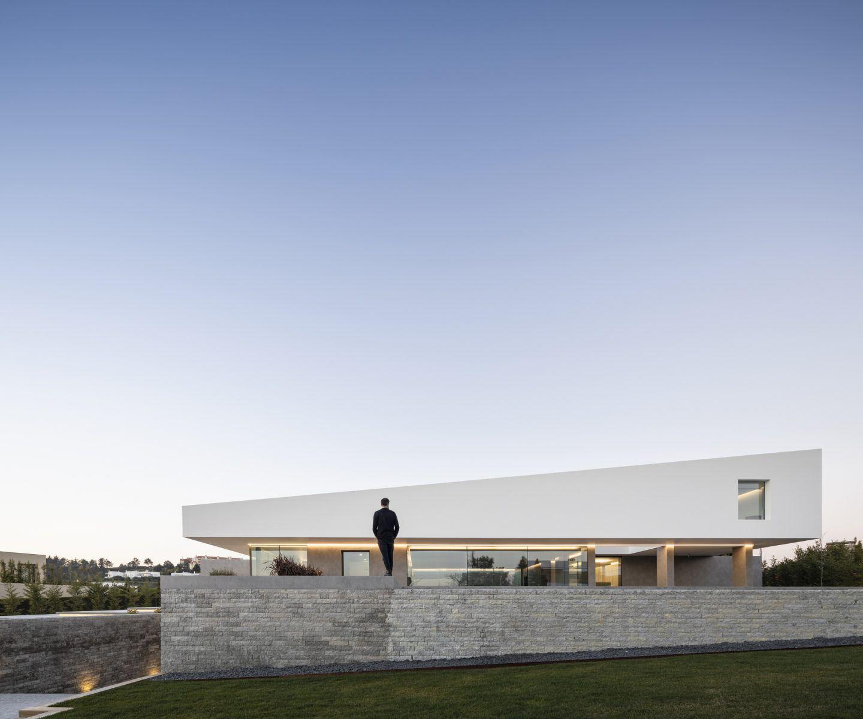 IGNANT-Architecture-Bica-Arquitectos-Belas-Clube-de-Campo-House-010