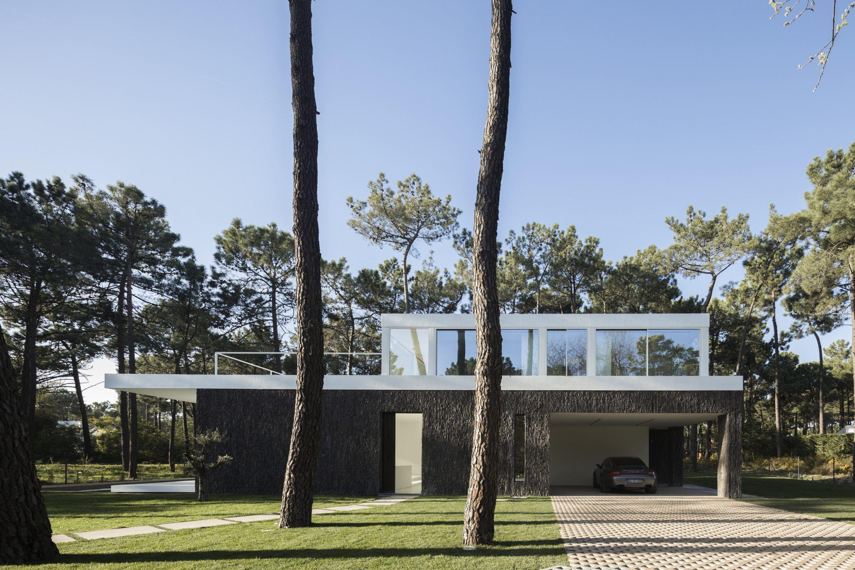 IGNANT-Architecture-Bica-Arquitectos-Herdade-da-Aroeira-House-007