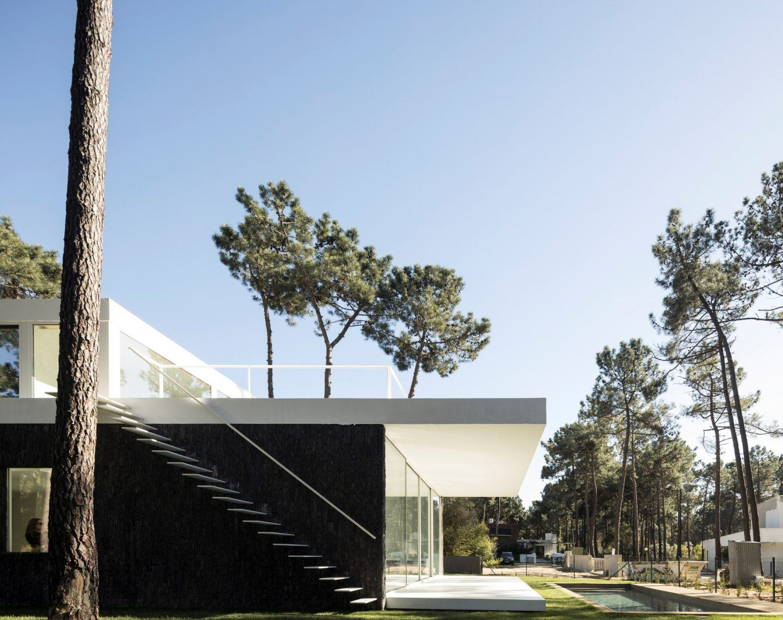 IGNANT-Architecture-Bica-Arquitectos-Herdade-da-Aroeira-House-008