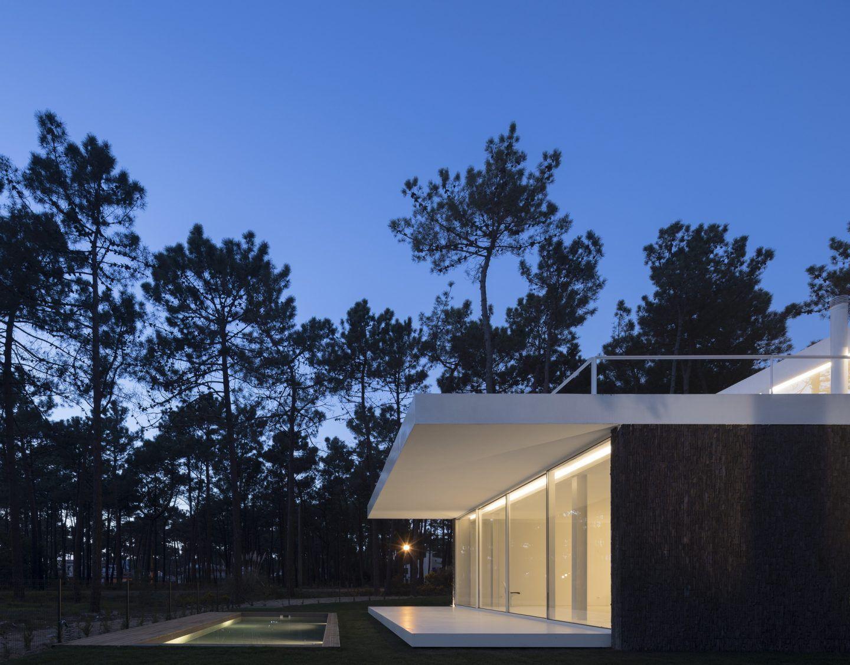 IGNANT-Architecture-Bica-Arquitectos-Herdade-da-Aroeira-House-016