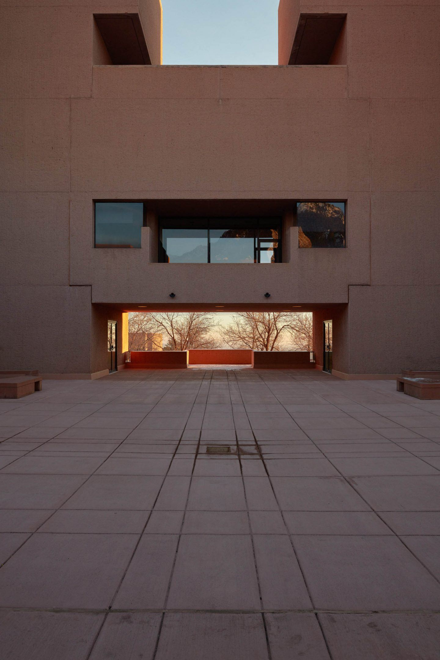 IGNANT-Architecture-Im-Pei-Mesa-Laboratory-By-Tom-Ross-20