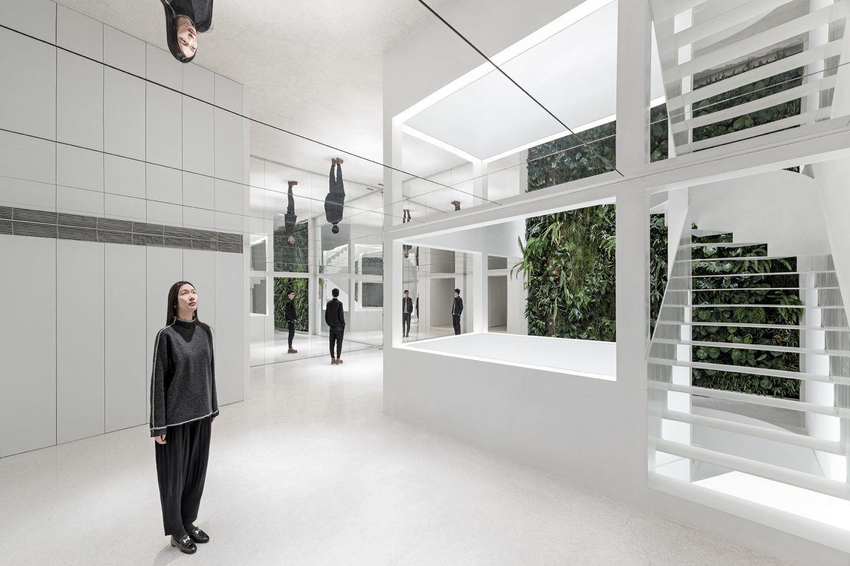 IGNANT-Architecture-Mirror-Garden-002