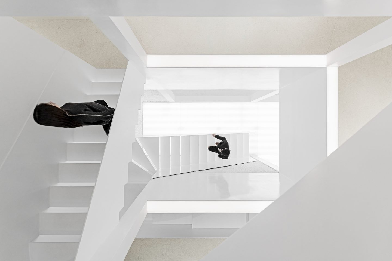 IGNANT-Architecture-Mirror-Garden-006