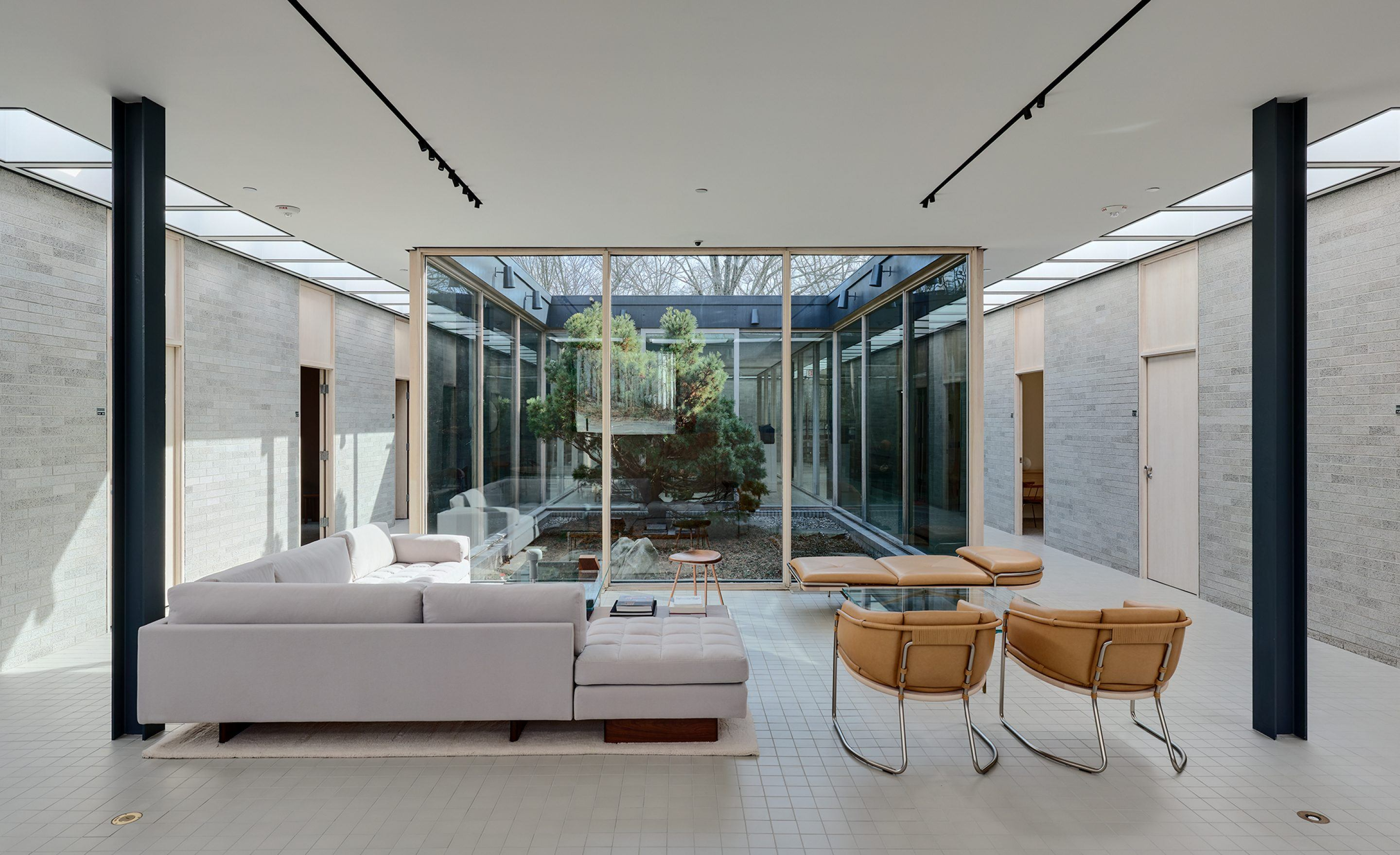 IGNANT-Architecture-Bassamfellows-Showroom-8