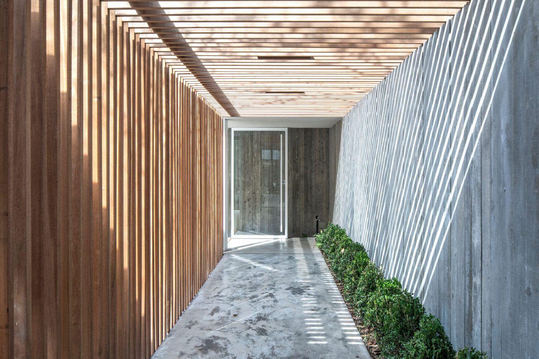 IGNANT-Architecture-Lukstudio-An-Urban-Retreat-17