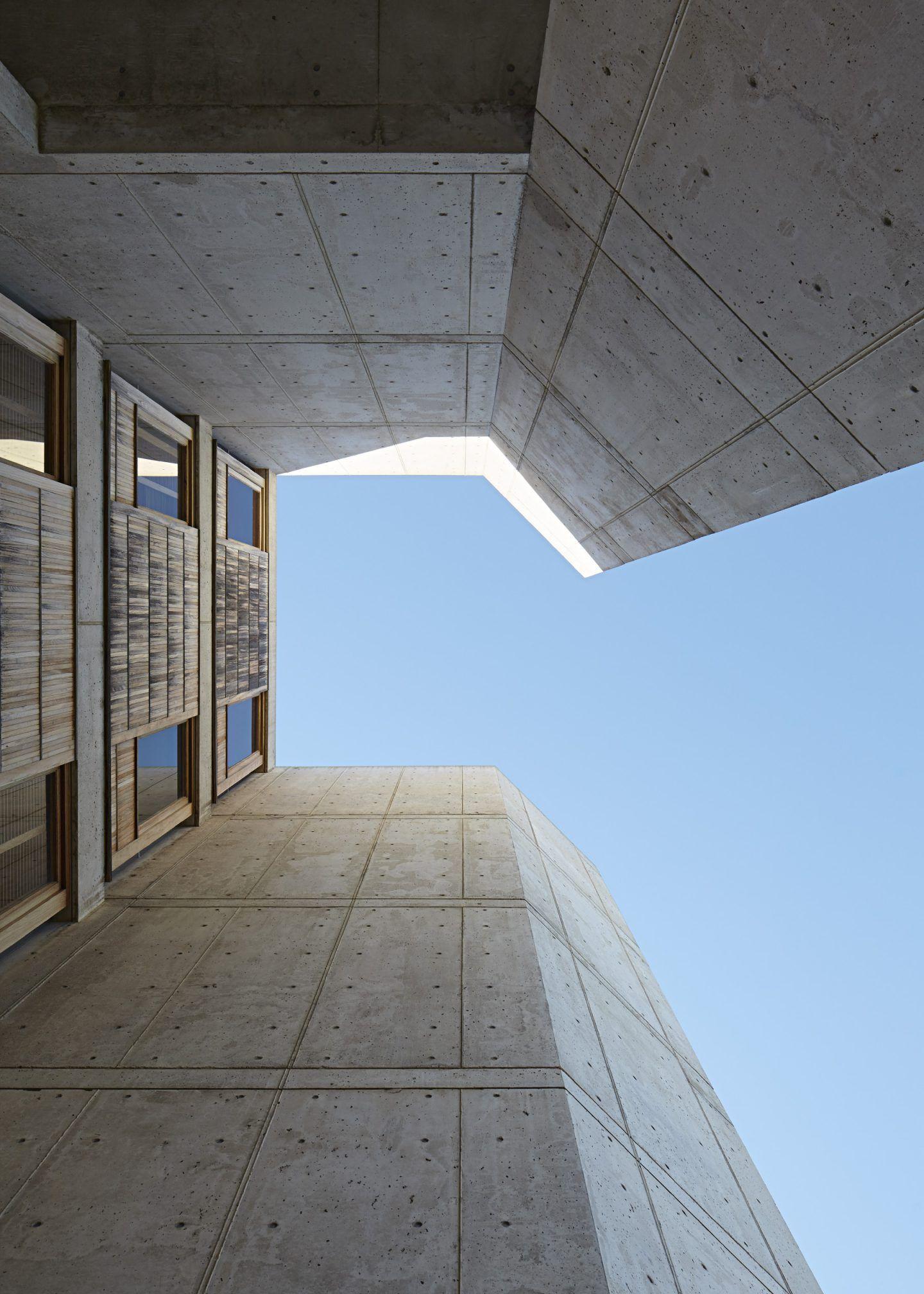 IGNANT-Architecture-Salk-Institute-Nils-Koenning-12