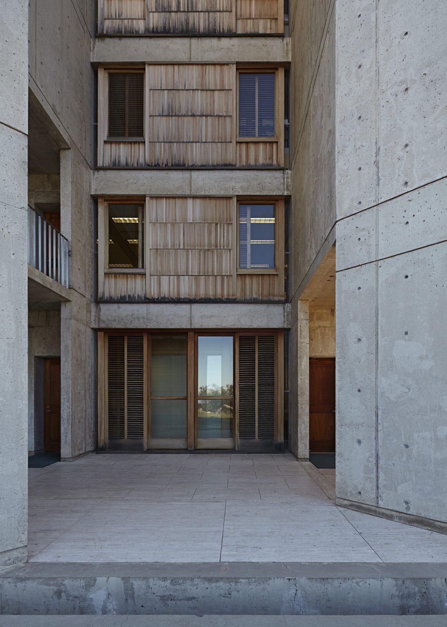 IGNANT-Architecture-Salk-Institute-Nils-Koenning-13