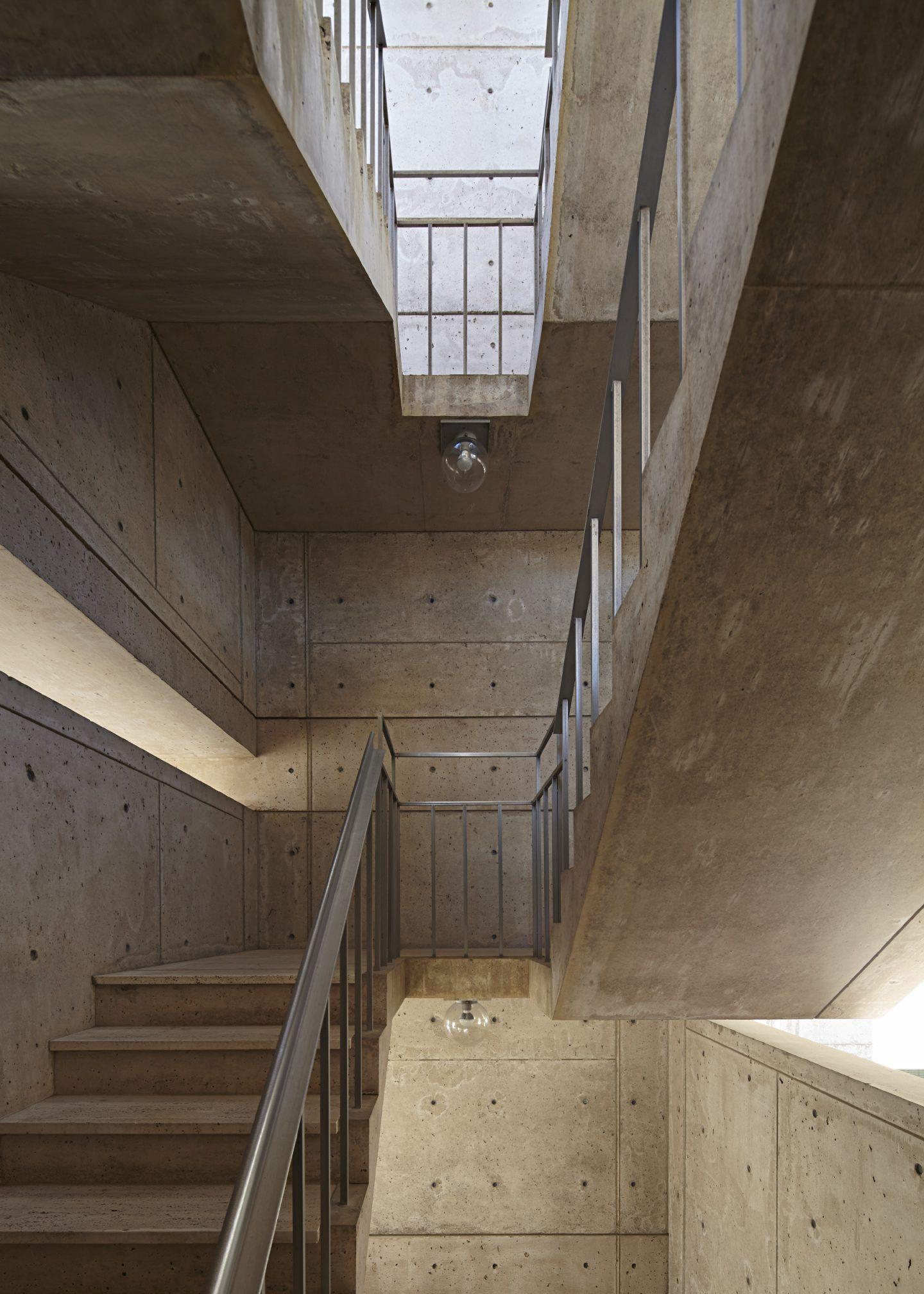 IGNANT-Architecture-Salk-Institute-Nils-Koenning-15