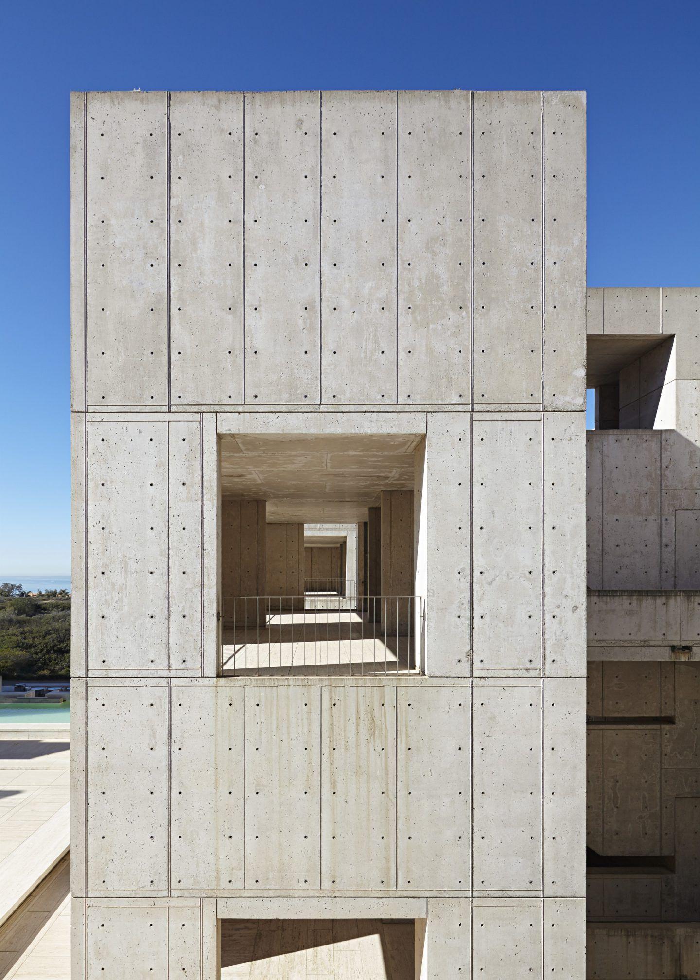 IGNANT-Architecture-Salk-Institute-Nils-Koenning-16