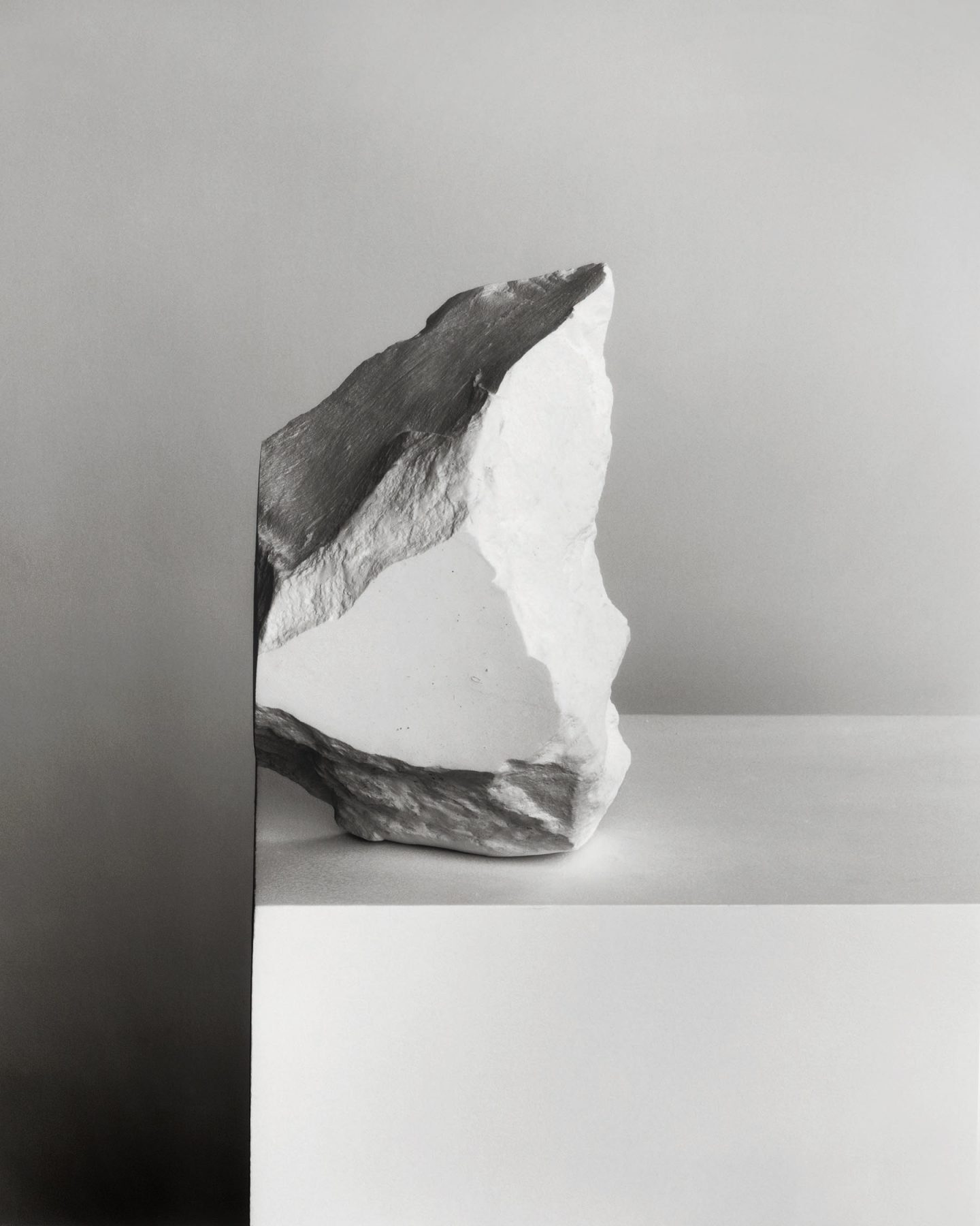 IGNANT-Photography-Darren-Harvey-Regan-The-Erratics-5.1