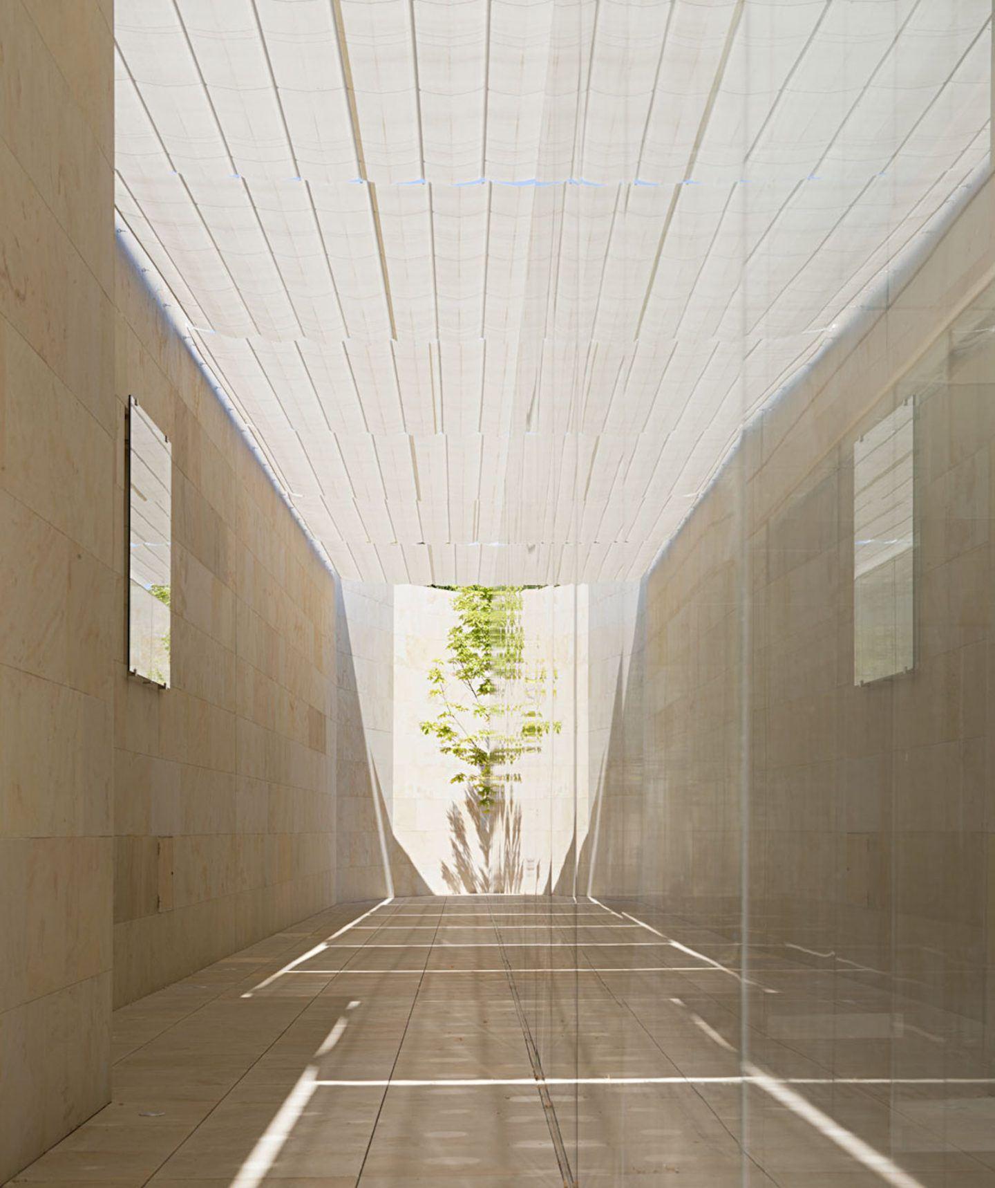 IGNANT-Architecture-Alberto-Campo-Baeza-Zamora-Offices 16